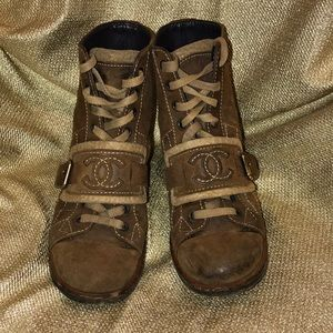Chanel boots size 38